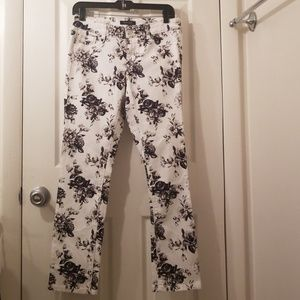 WHBM Slim Ankle Blanc Floral Print ajeans